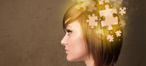 Gedanken einer Beraterin werden als Puzzle dargestellt