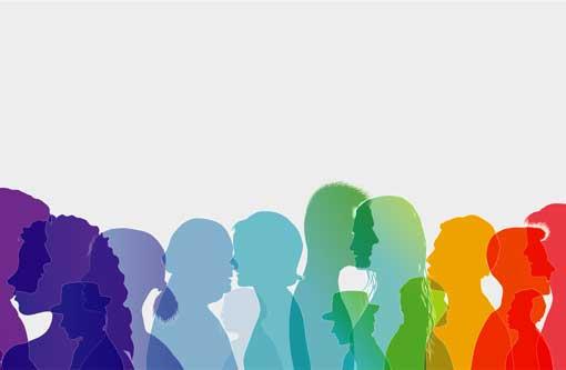 Dialog zwischen Menschen. Die Leute reden. Farbige Silhouettenprofile mit weißem Umriss.